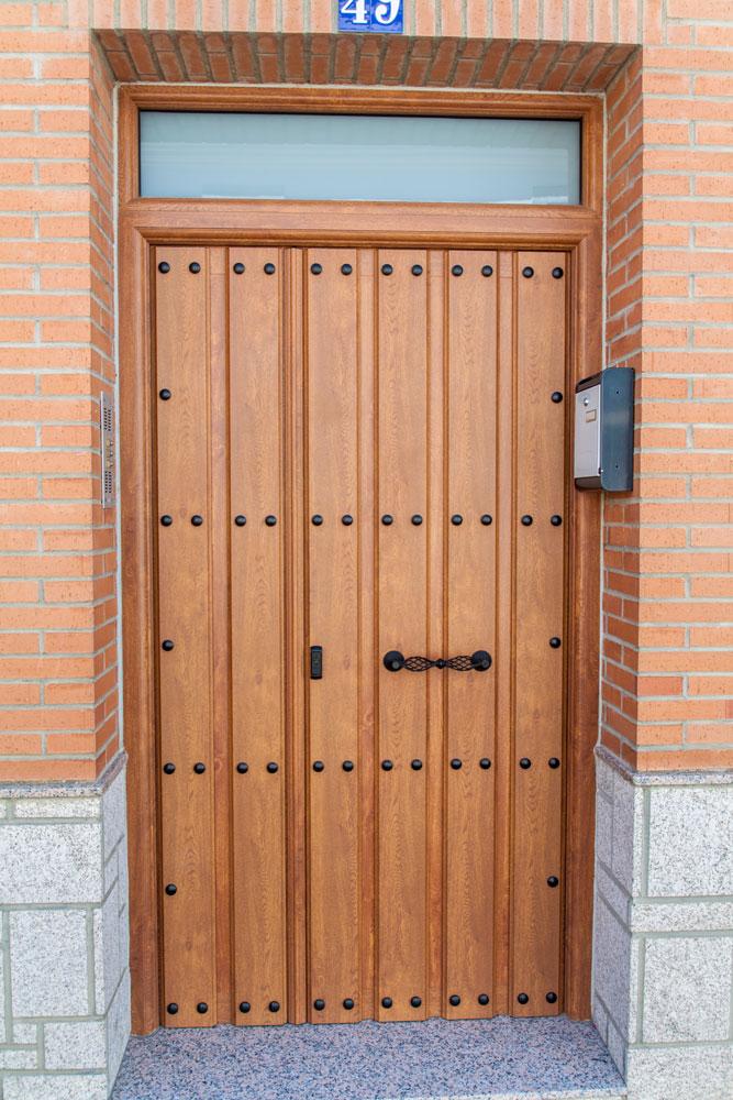 Puertas De Entrada Aluminios Candelo